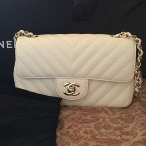 df2f49f379ac Women Chanel Mini Flap Bag Price on Poshmark